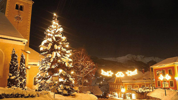 Hotel Wastlwirt - Weihnachtsbeleuchtung