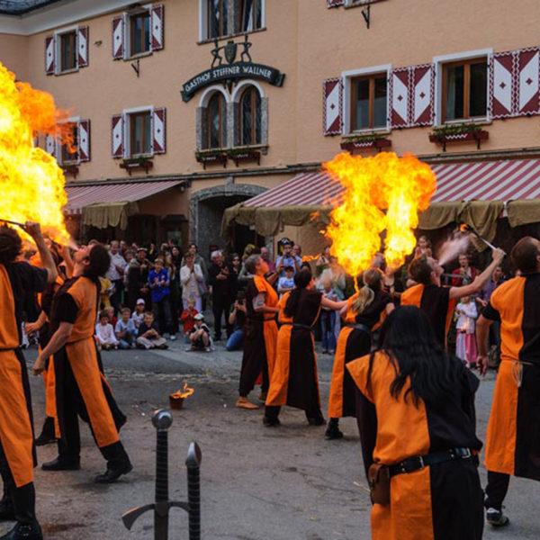 Hotel Wastlwirt - Feuerspucker